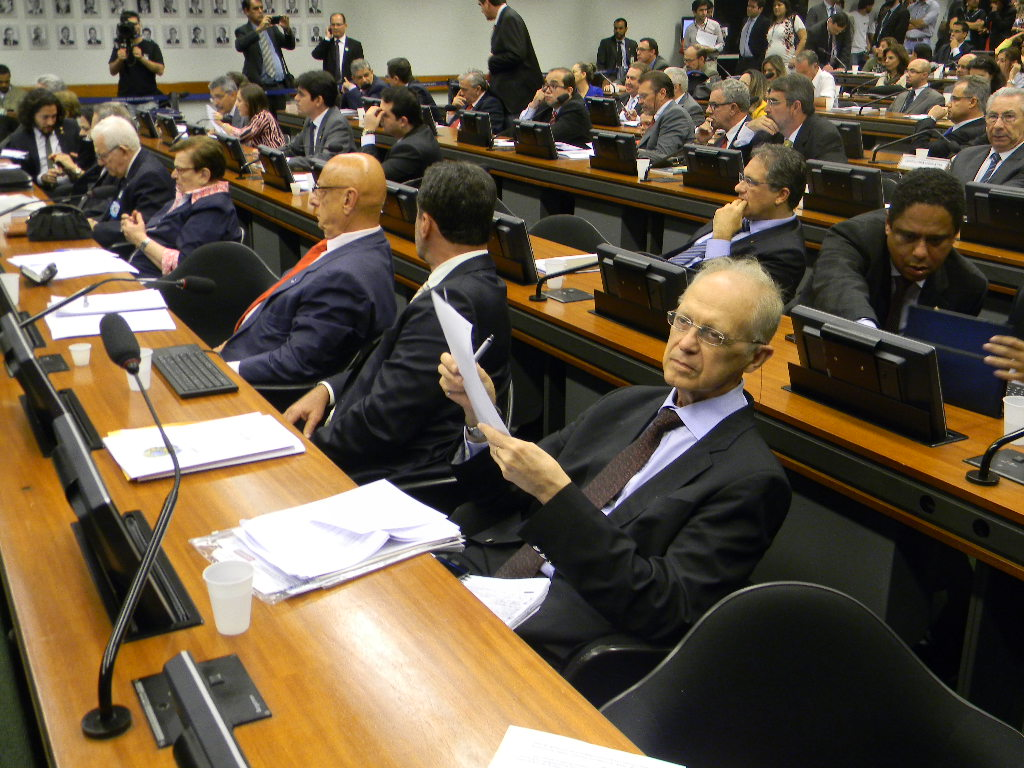 thamereformapolitica-josehenrique