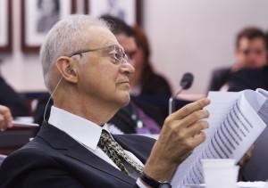 2012.04.12 - Mendes Thame - Comissão de meio Ambiente - Audiência Pública sobre o vazamento de Óleo no Campo de Frade - Representante da Chevron, Rafael Jean Williamson (Diretor de Assuntos Corporativos da Chevron Corporation).